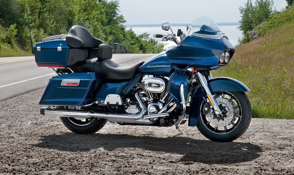 2013 Harley Davidson Road Glide Ultra The Fully Loaded Cruiser Autoevolution