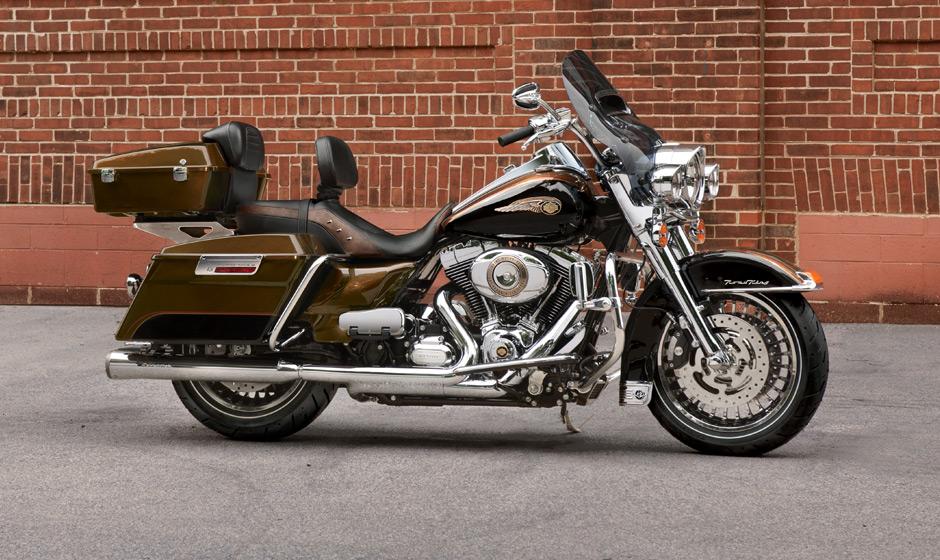 Custom Harley Road Kings With Chopped Tour Pak