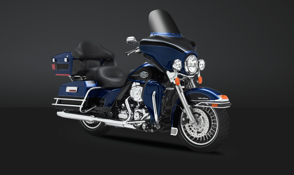 2013 Harley Davidson Ultra Classic Electra Glide Boasts