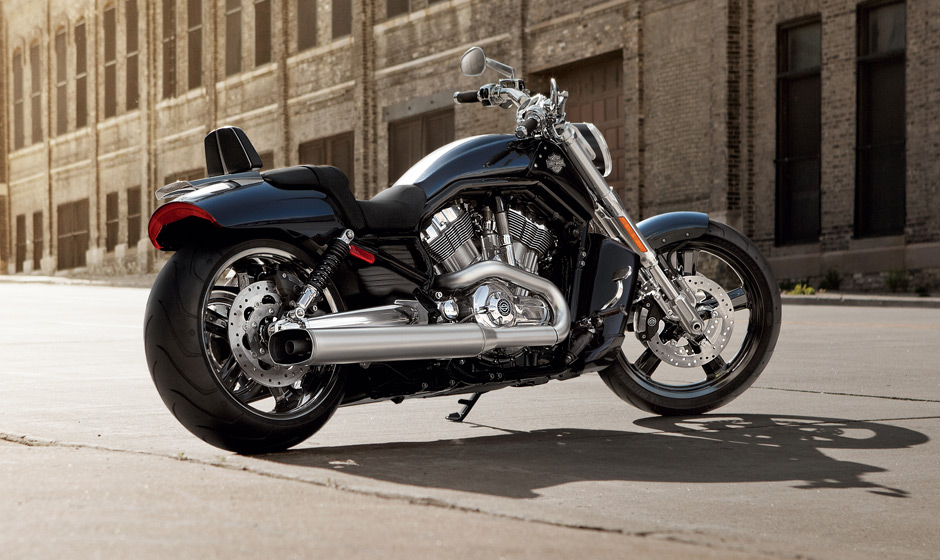 2013 harley davidson v rod muscle shows awesome brawn. Black Bedroom Furniture Sets. Home Design Ideas