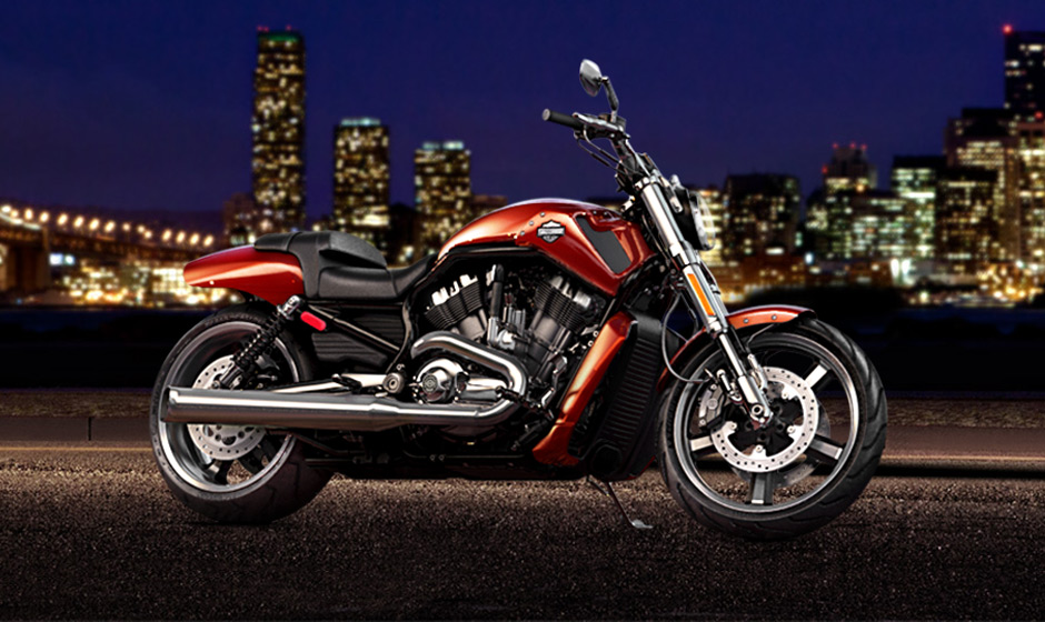 2013 Harley Davidson V Rod Muscle Shows Awesome Brawn