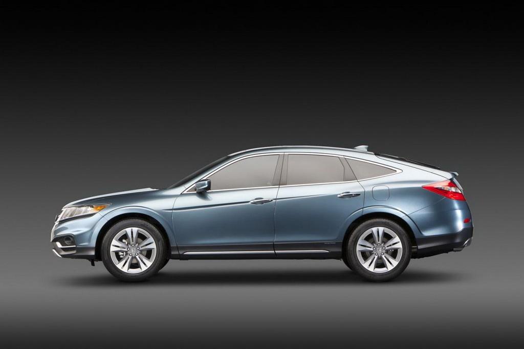 2013 Honda Crosstour Concept Goldie Locks Size Autoevolution
