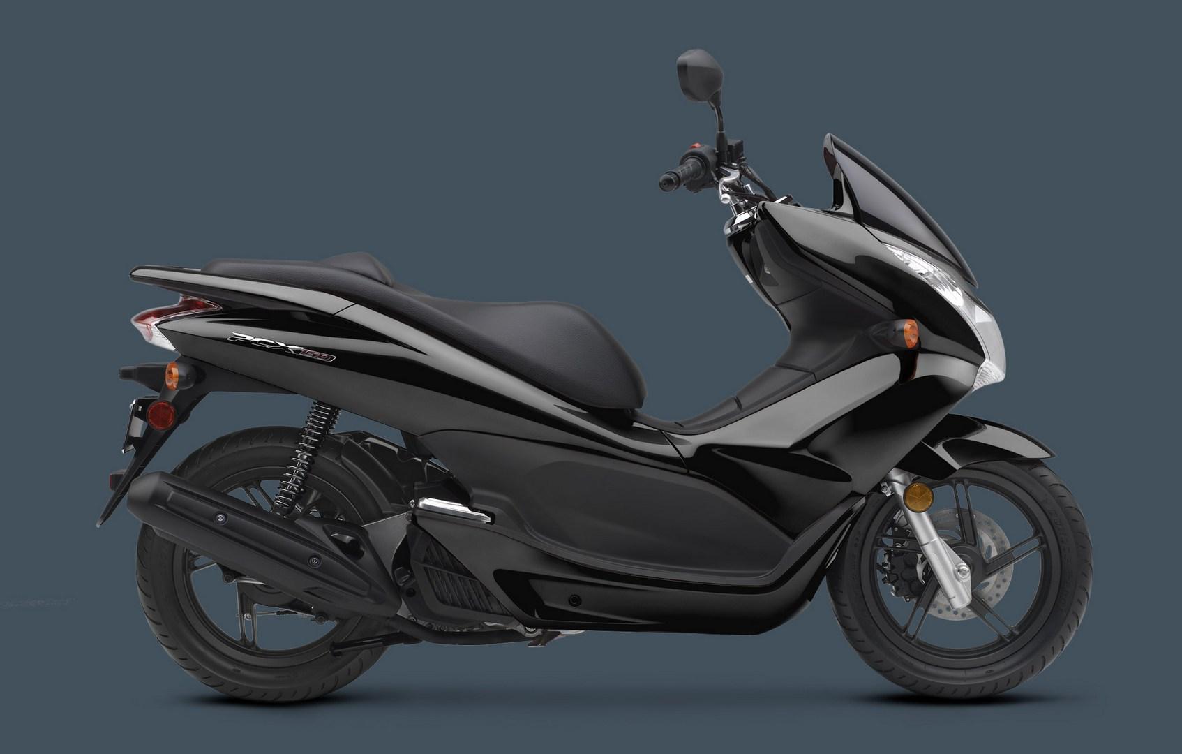 Honda Pcx Electric >> 2013 Honda PCX150 Scooter Does 102 mpg (2.3 l/ 100 km) - autoevolution