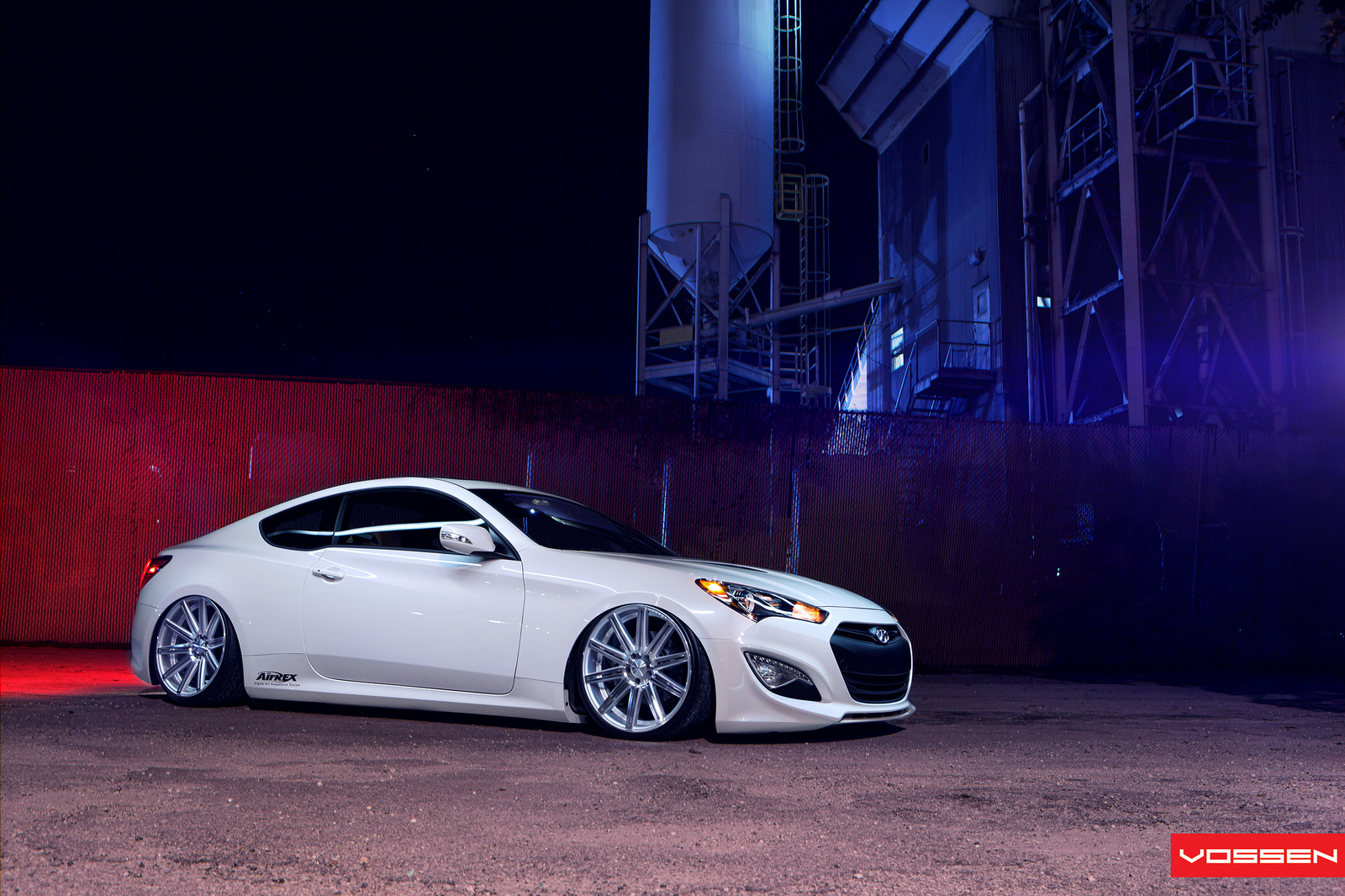 2013 Hyundai Genesis Coupe Unveiled With Awesome New