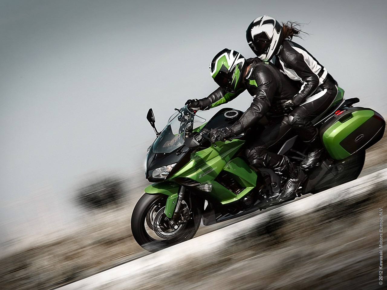2013 Kawasaki Z1000sx Is An Awesome Sport Touring Machine