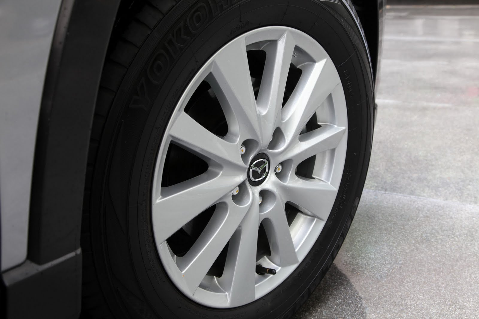 2013 mazda cx-5 debuts in los angeles with 33 mpg highway