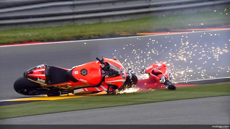 2013 MotoGP: Crashfest at Sachsenring During Free Practice - autoevolution