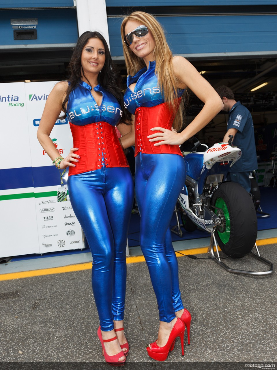 2013 MotoGP: Grid Girl for Marc Marquez Needed - autoevolution