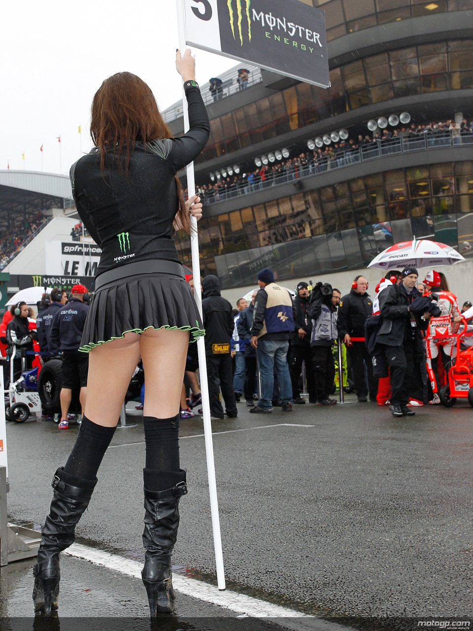 2013 Motogp Grid Girl For Marc Marquez Needed Autoevolution