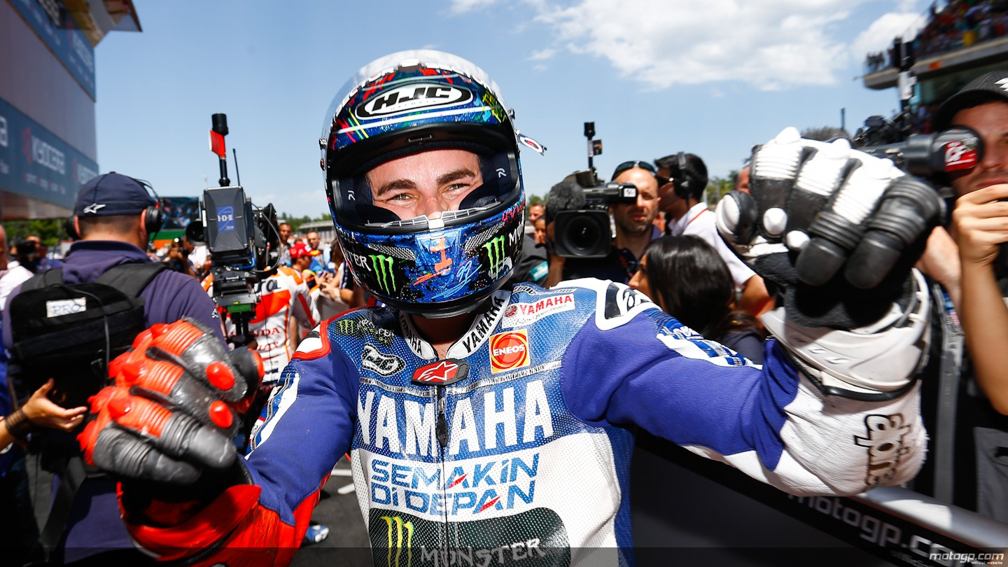 2013 motogp lorenzo wins home race crash fest in barcelona lorenzo wins home race voltagebd Images