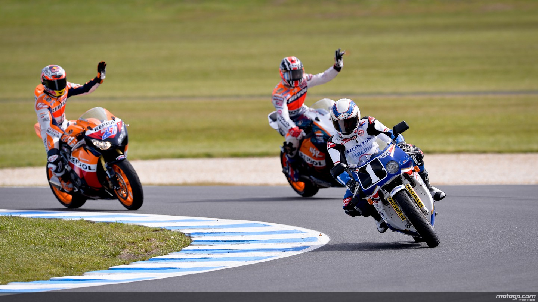 2013 Motogp Marquez Disqualified Lorenzo Wins Drama