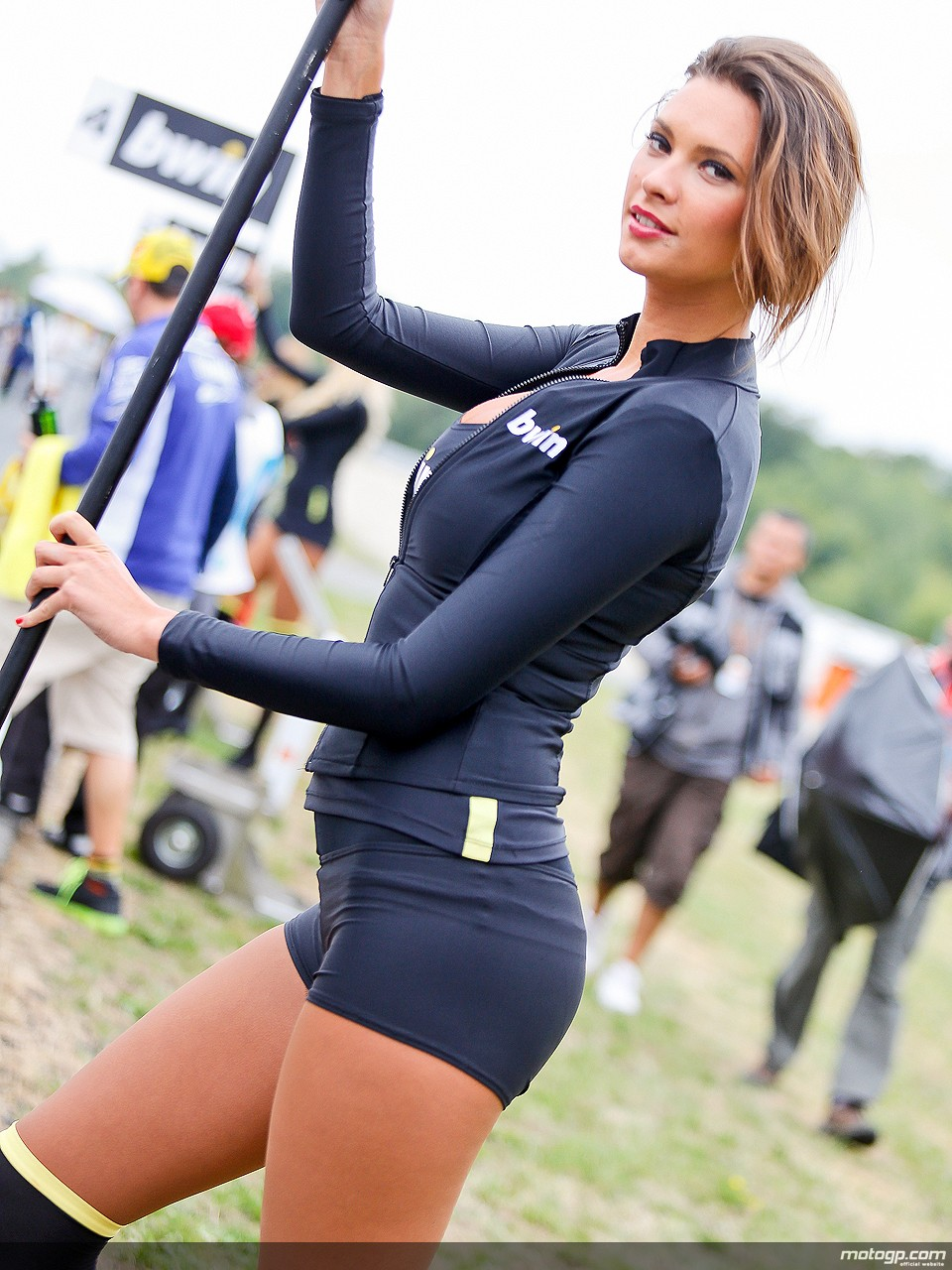 2013-motogp-paddock-girls-at-brno-photo-galleryvideo_17.jpg