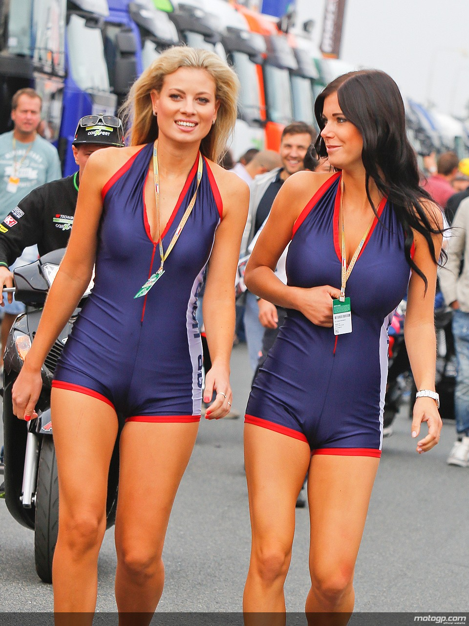 Paddock Girls At Brno Autoevolution