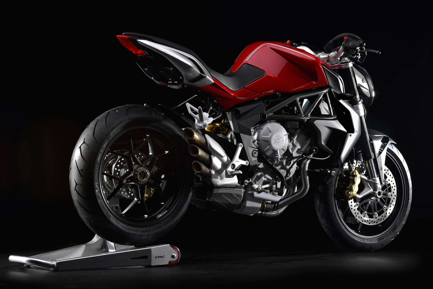 2013 mv agusta brutale 800 is middleweight magic autoevolution. Black Bedroom Furniture Sets. Home Design Ideas