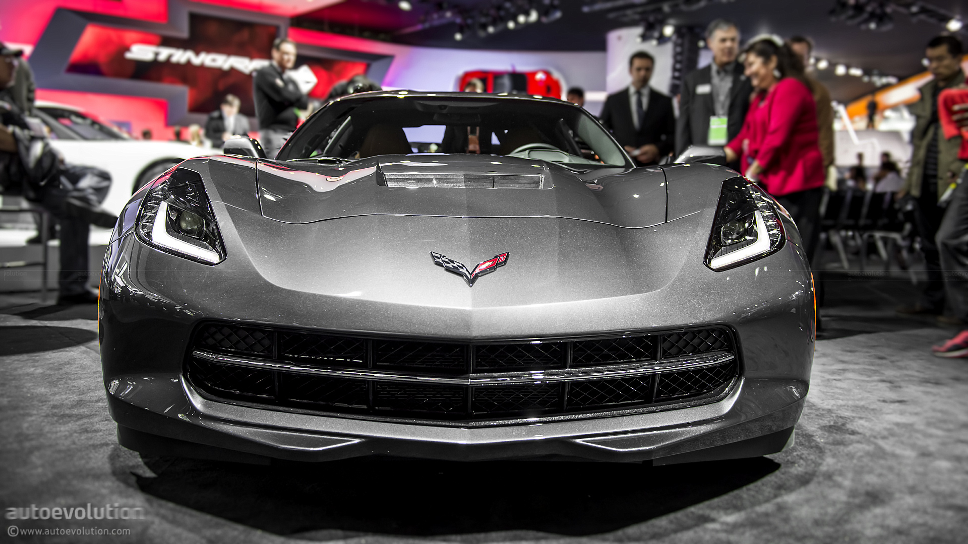 2013 naias 2014 chevrolet corvette c7 stingray in detail live photos autoevolution. Black Bedroom Furniture Sets. Home Design Ideas