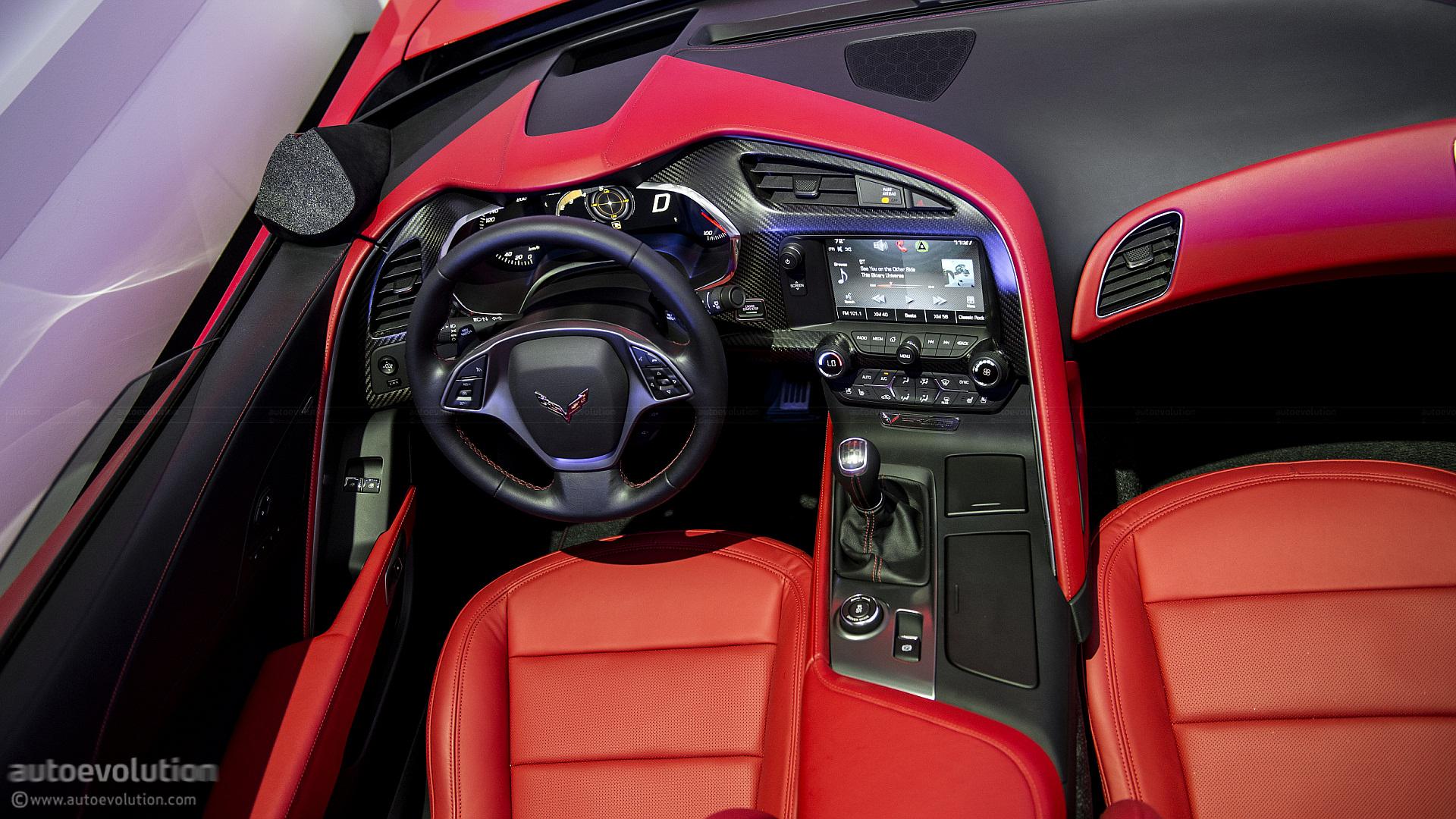 2013 naias 2014 chevrolet corvette c7 stingray in detail live - Corvette 2013 Stingray Interior