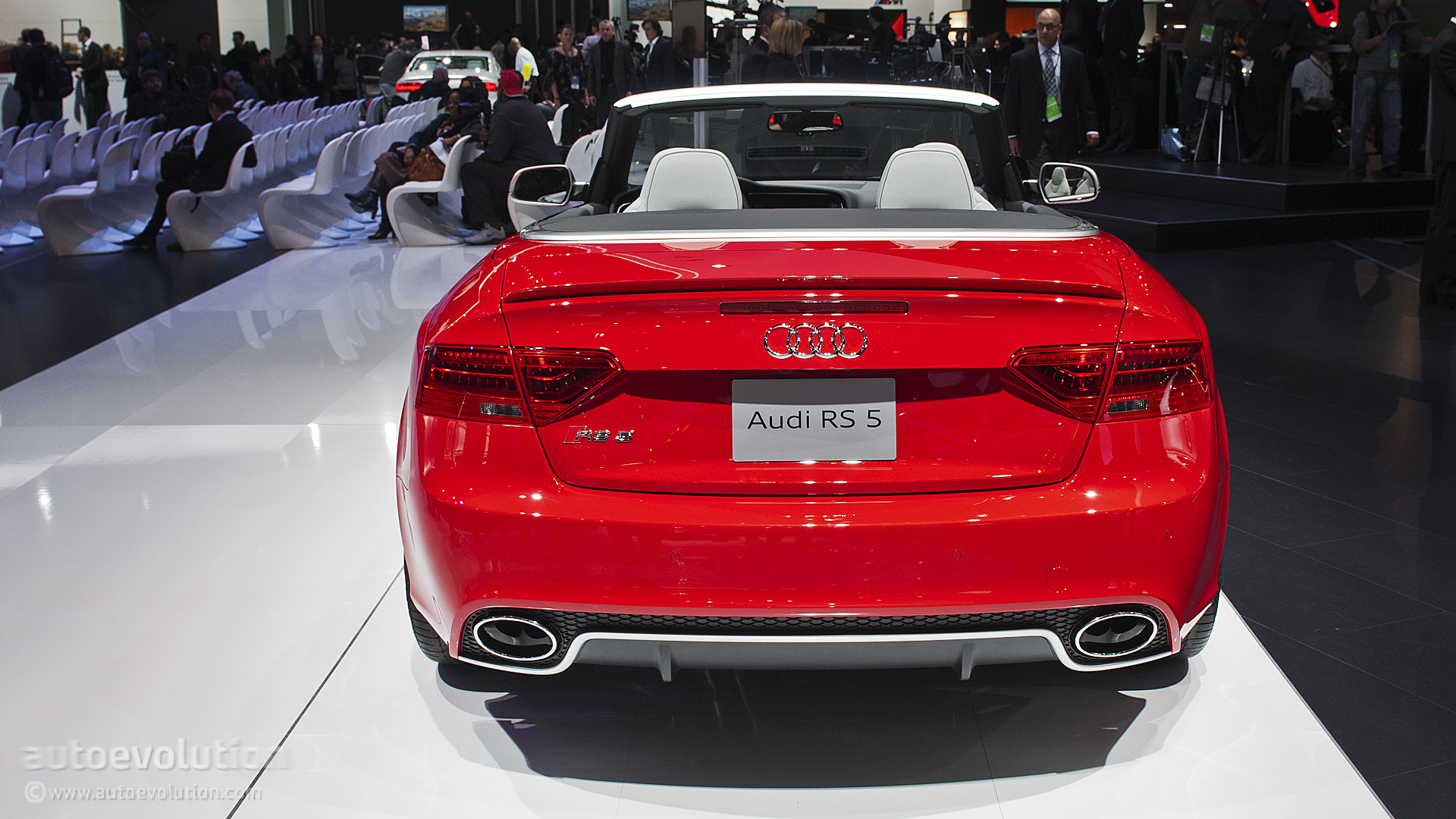 2013 NAIAS Audi RS5 Cabriolet Live Photos Autoevolution