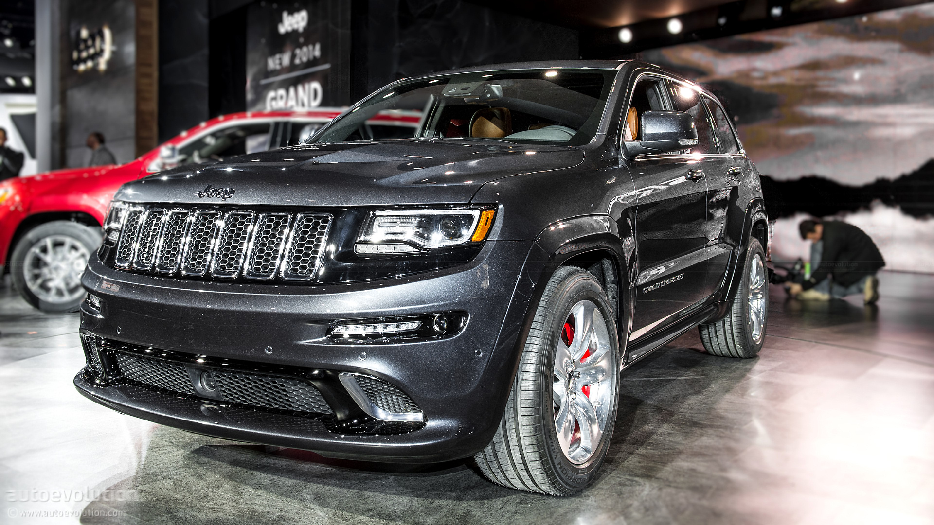 2013 naias jeep grand cherokee srt8 live photos autoevolution. Black Bedroom Furniture Sets. Home Design Ideas