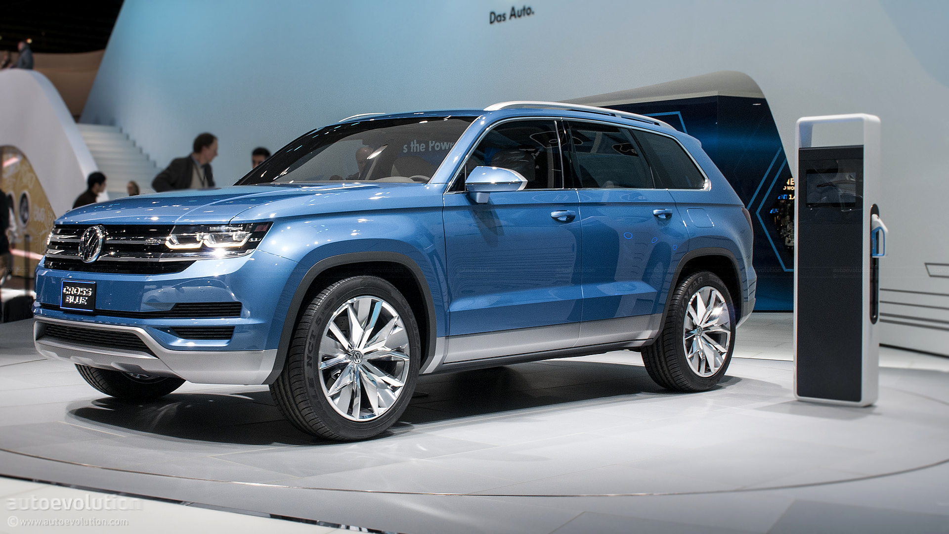 2013 NAIAS: Volkswagen CrossBlue Concept [Live Photos] - autoevolution