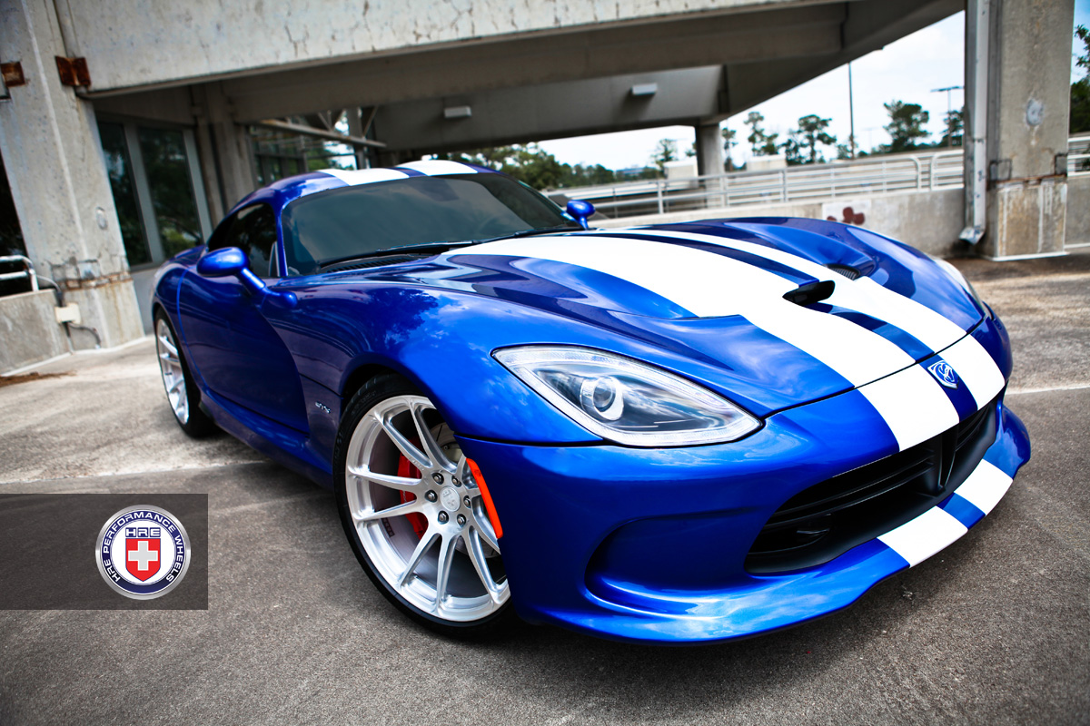 http://s1.cdn.autoevolution.com/images/news/gallery/2013-srt-viper-on-hre-wheels-photo-gallery_9.jpg?1375805298