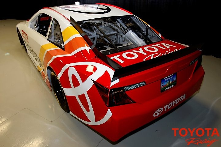 2013 Toyota Camry Nascar Race Car Unveiled Autoevolution