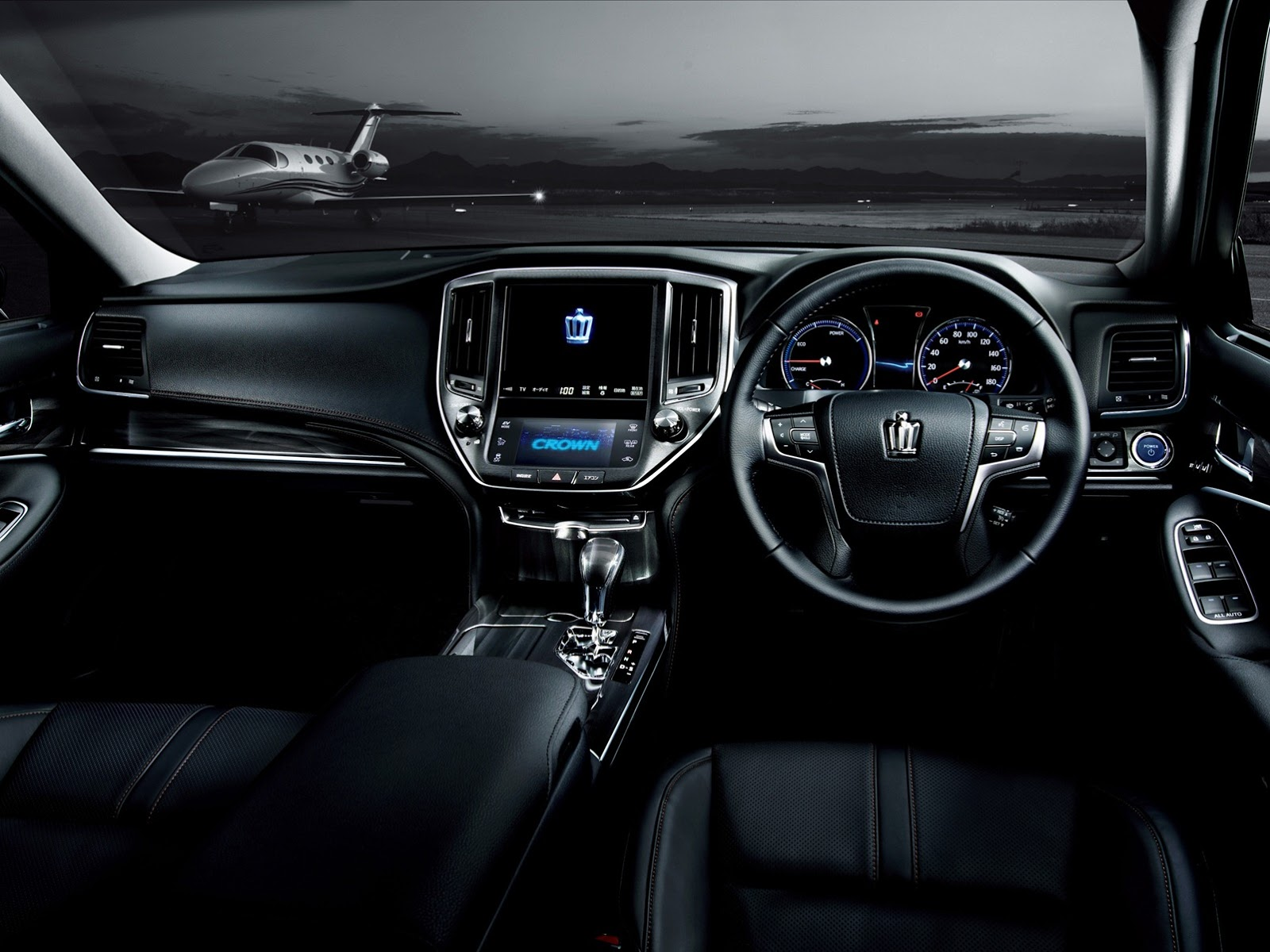 2013 toyota crown royal and athlete