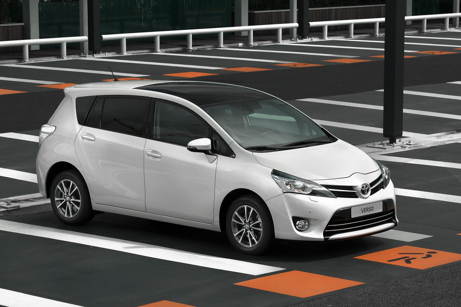Toyota Verso Mpv Gets A Facelift Photo Gallery on Led Car Trim