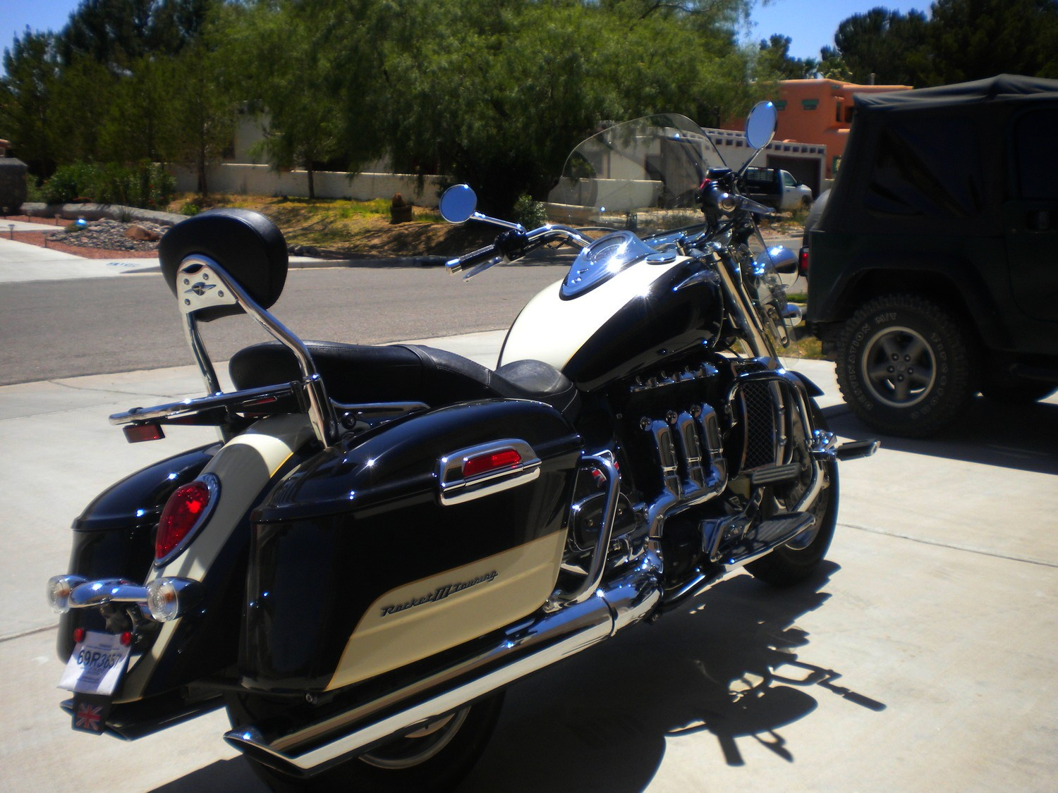 2013 Triumph Rocket Iii Roadster And Touring Show Up Autoevolution