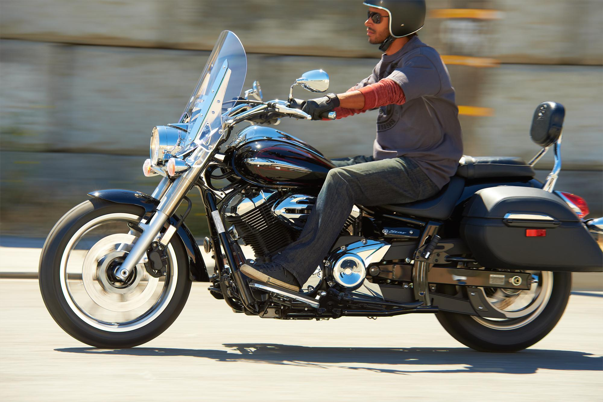 2013 V Star 950 Tourer The Feature Loaded Middleweight Traveling