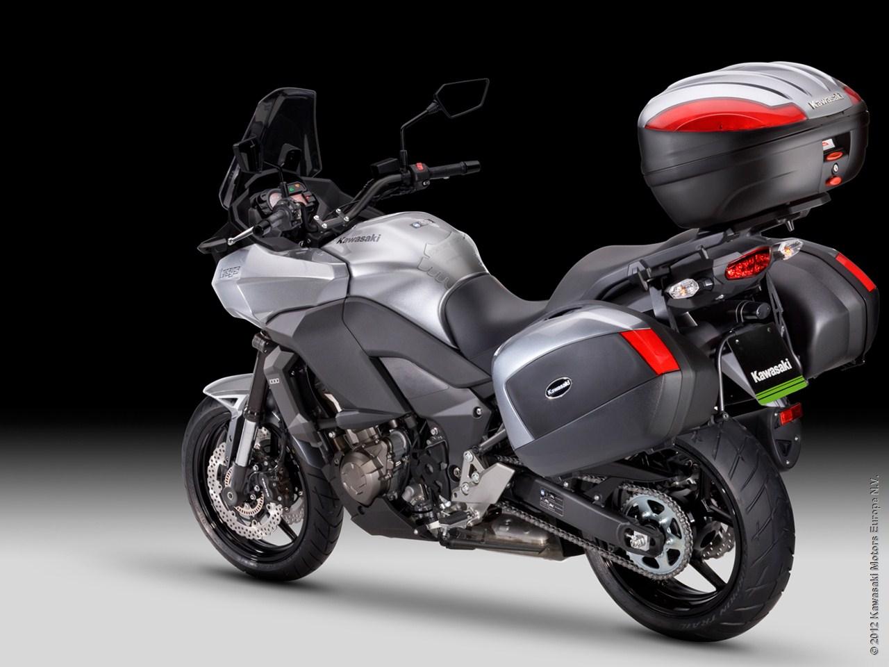 2013 Kawasaki Versys 1000 Grand Tourer Shows Nifty Accessories Autoevolution