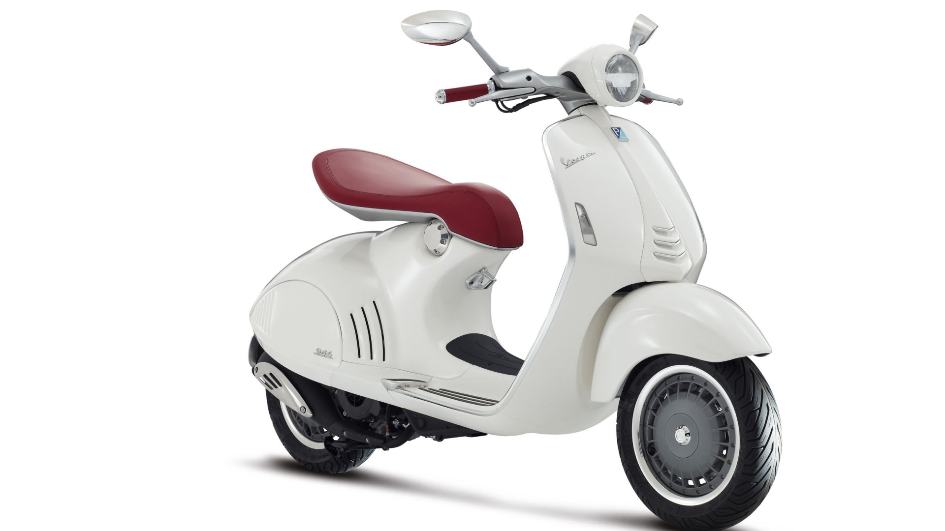 2013 Vespa 946, a Modern Tribute to the Scooters of Yore [Photo ...