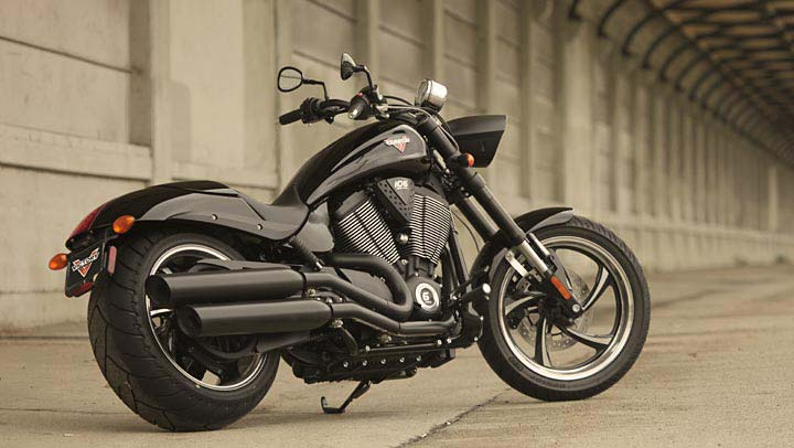 Victory Vegas 8 Ball >> 2013 Victory Hammer 8-Ball Muscle Cruiser Owns - autoevolution