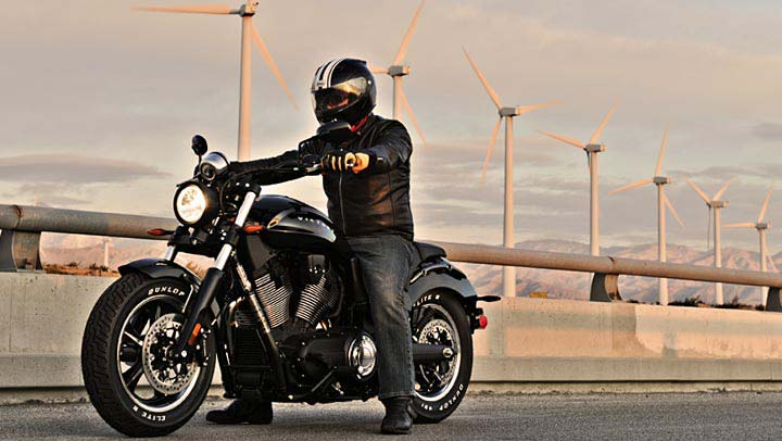 2013 Victory Judge Muscle Bike Shows Awesome Grit Video