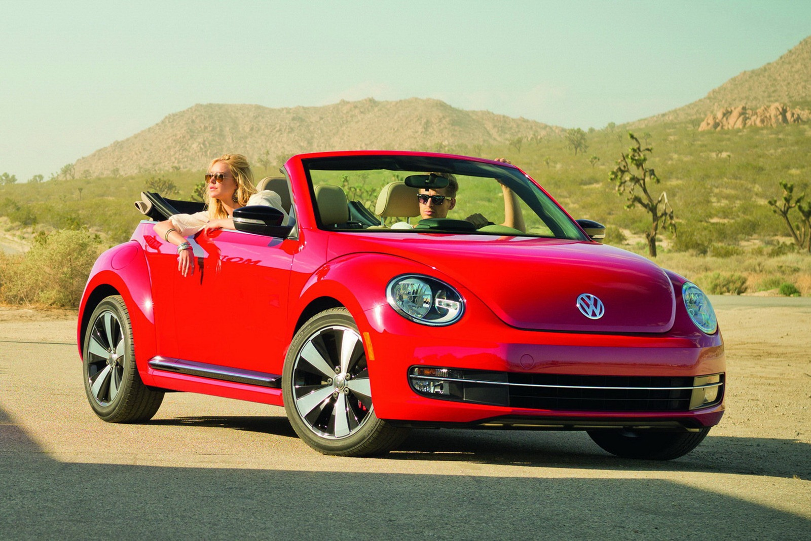 Volkswagen Beetle Convertible >> 2013 Volkswagen Beetle Convertible Revealed - autoevolution