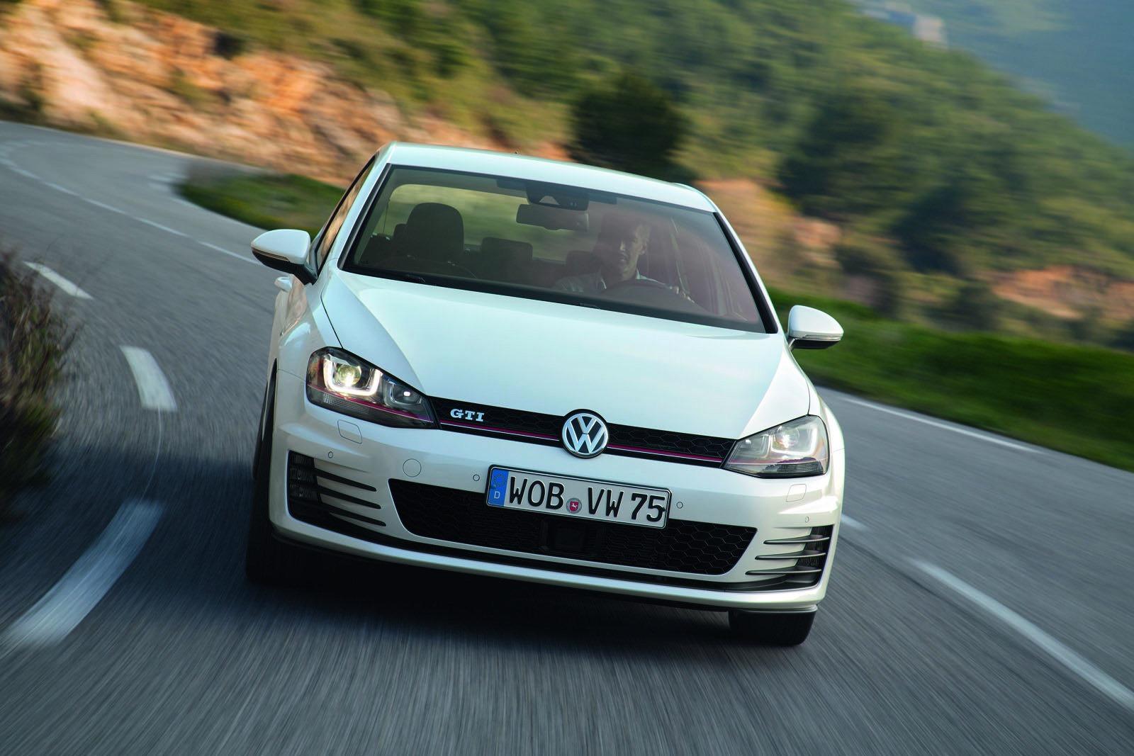2013 Volkswagen Golf GTI New Photos Released - autoevolution