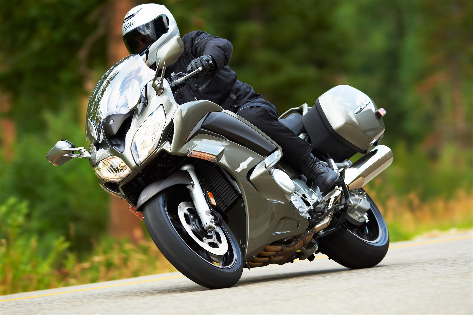 2013 Yamaha FJR1300A, the Supersport Touring Benchmark ...