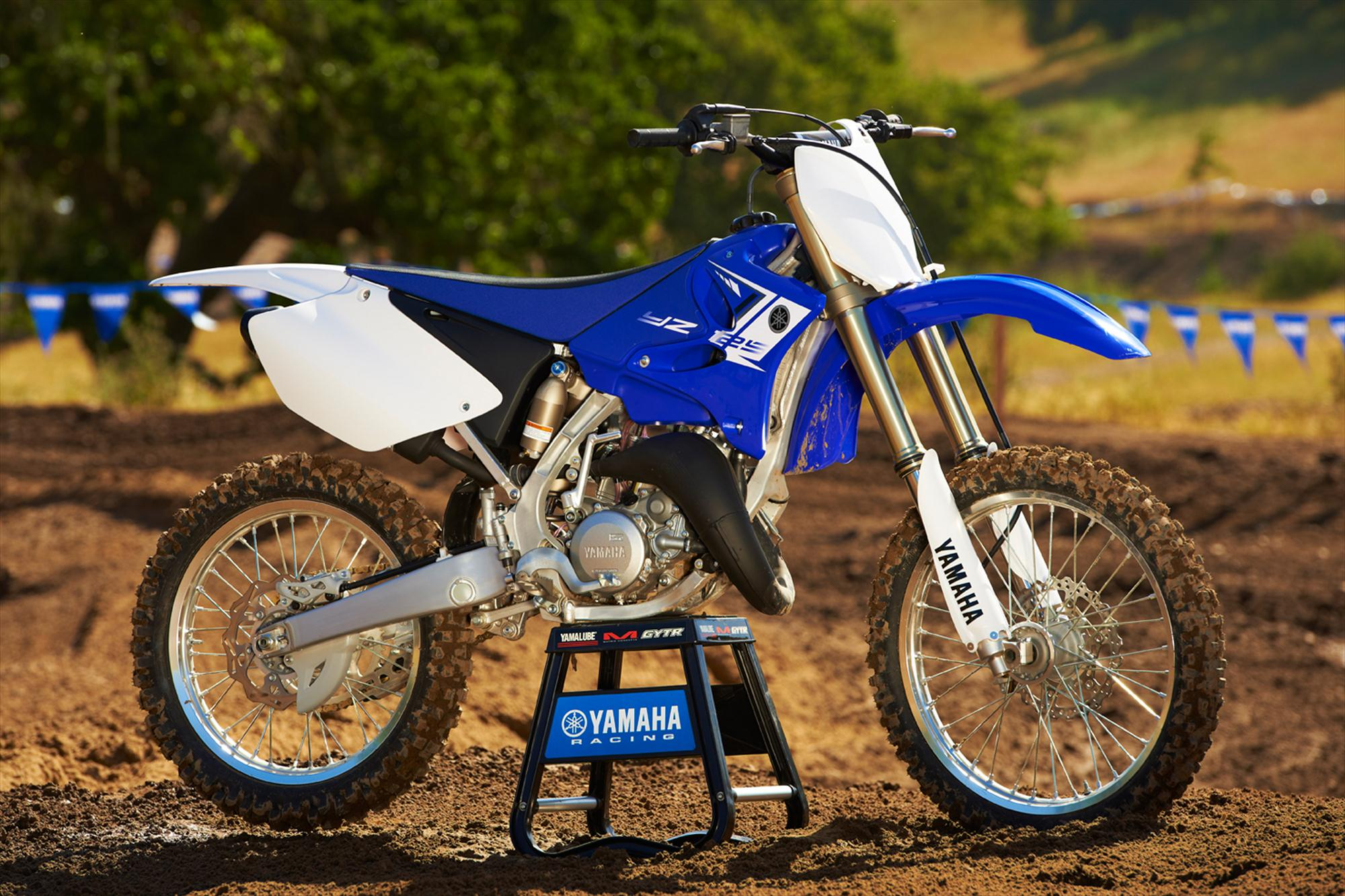 2013 yamaha yz125 race ready out of the crate autoevolution. Black Bedroom Furniture Sets. Home Design Ideas