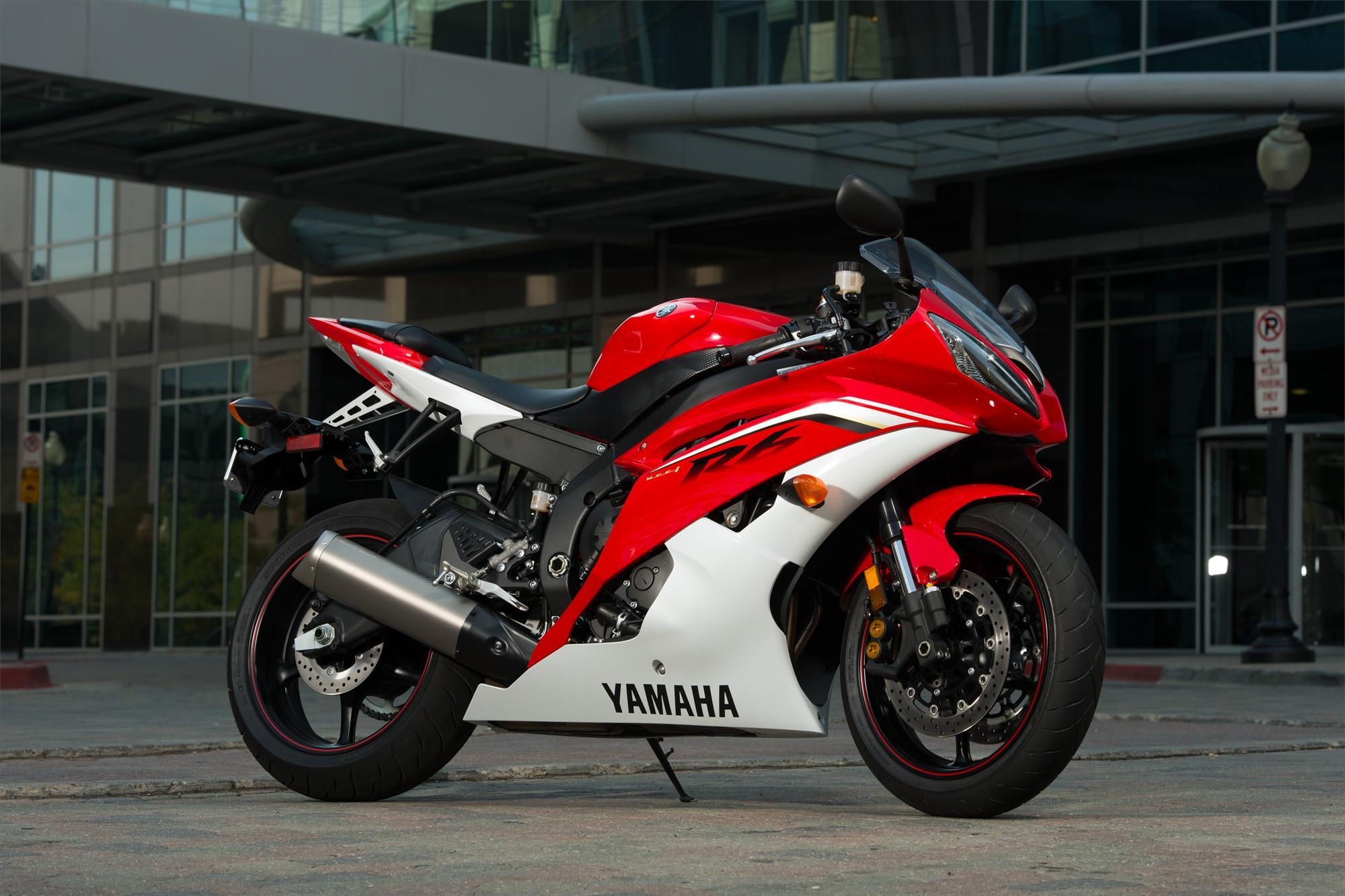 2013 Yamaha Yzf R6 City And Track Aggression Ready
