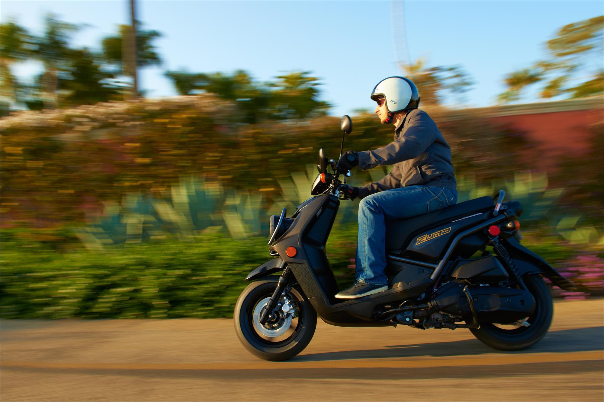 2013 Yamaha Zuma 125 Shows Off-road Brawn - autoevolution