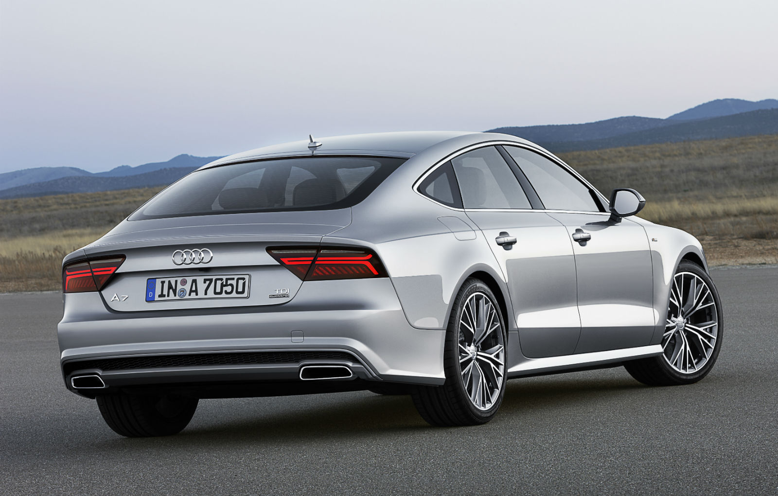 2014 audi a7 sportback revealed with facelift and power. Black Bedroom Furniture Sets. Home Design Ideas