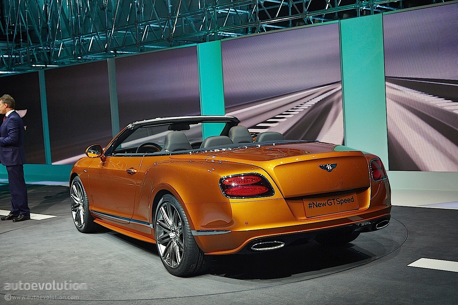 2014 bentley continental gt speed debuts in geneva live photos. Cars Review. Best American Auto & Cars Review
