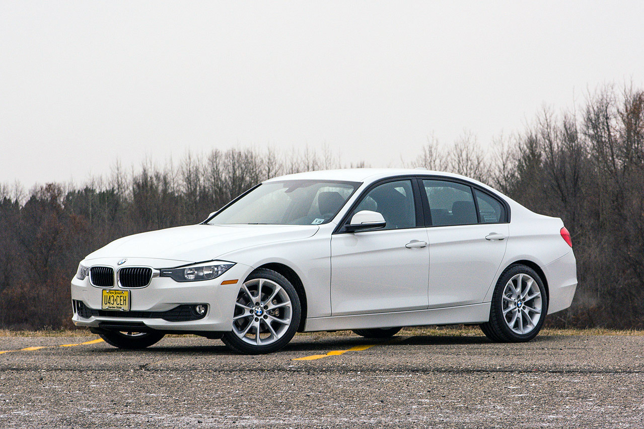 2014 bmw 320i review by autoblog autoevolution. Black Bedroom Furniture Sets. Home Design Ideas