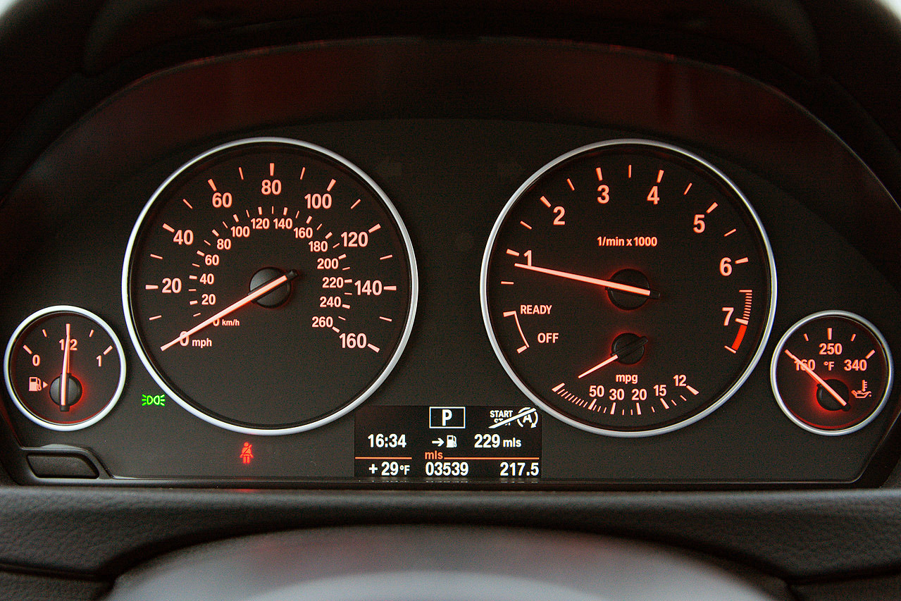how to set up apple car in bmw 320i 2013
