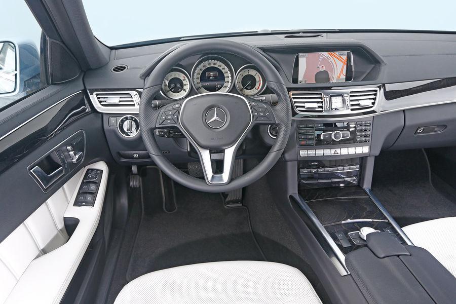 Superb ... Mercedes Benz E350 Bluetec Interior