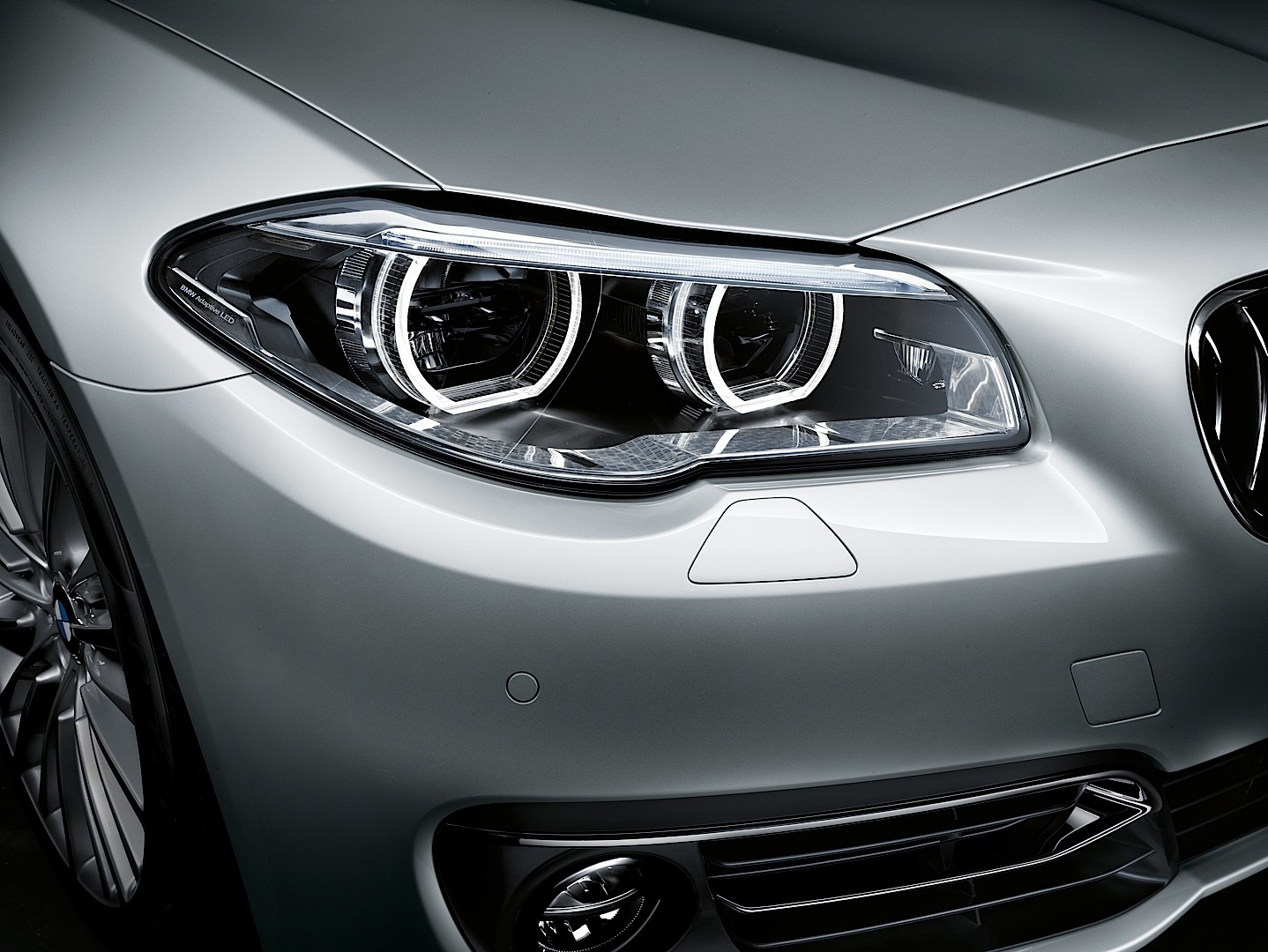 2014 Bmw F10 5 Series Officially Unveiled Autoevolution