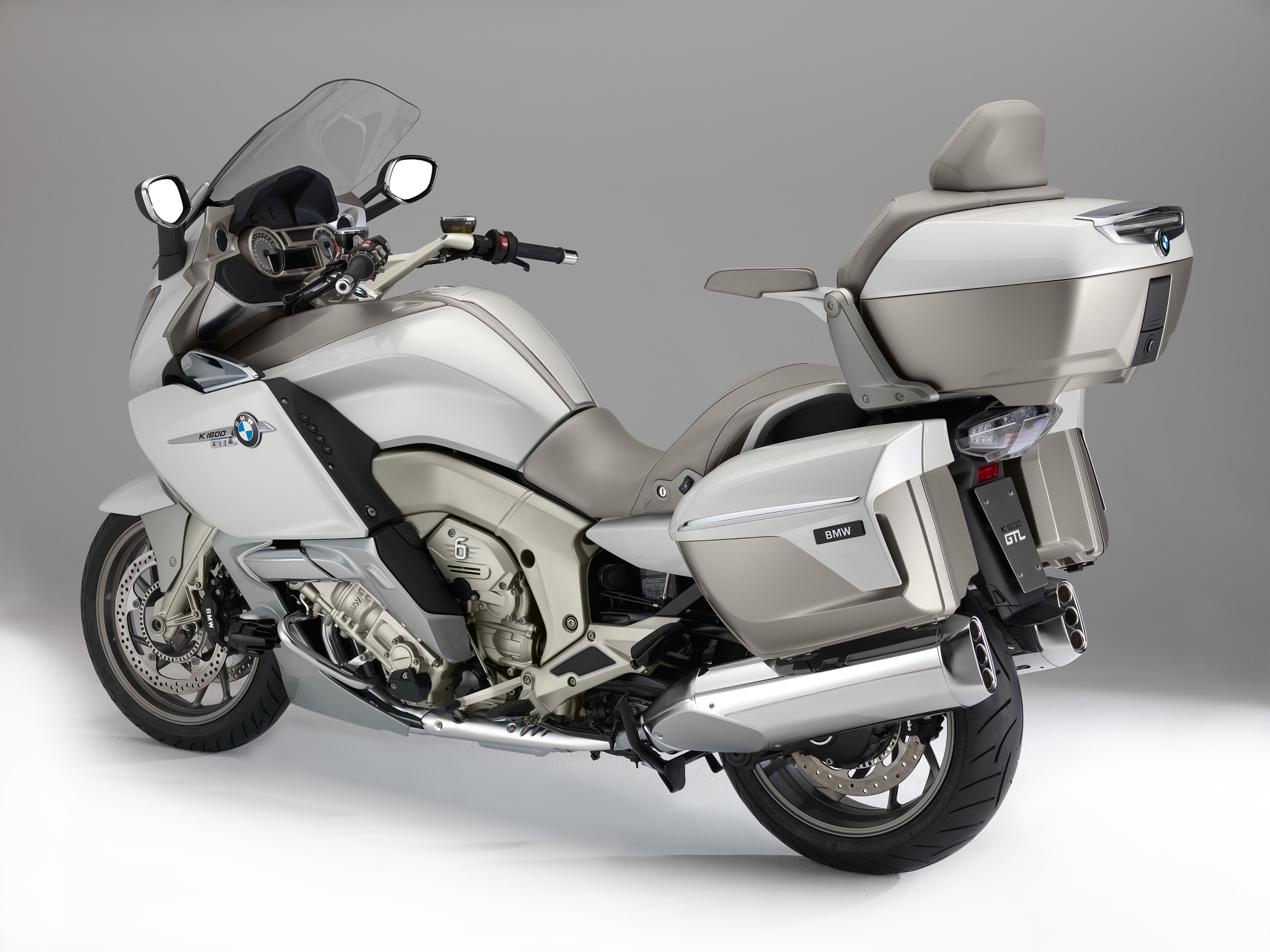 2014 BMW K1600GTL Exclusive Official Pictures