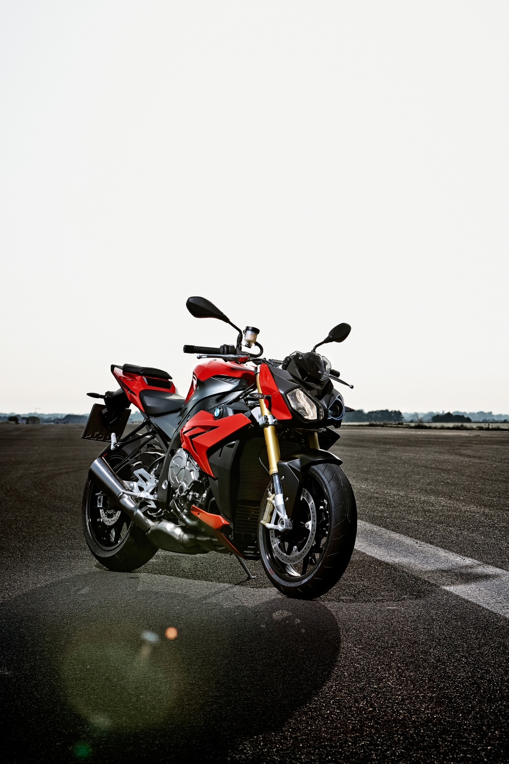 2014 bmw s1000r even more evil than the rr autoevolution. Black Bedroom Furniture Sets. Home Design Ideas