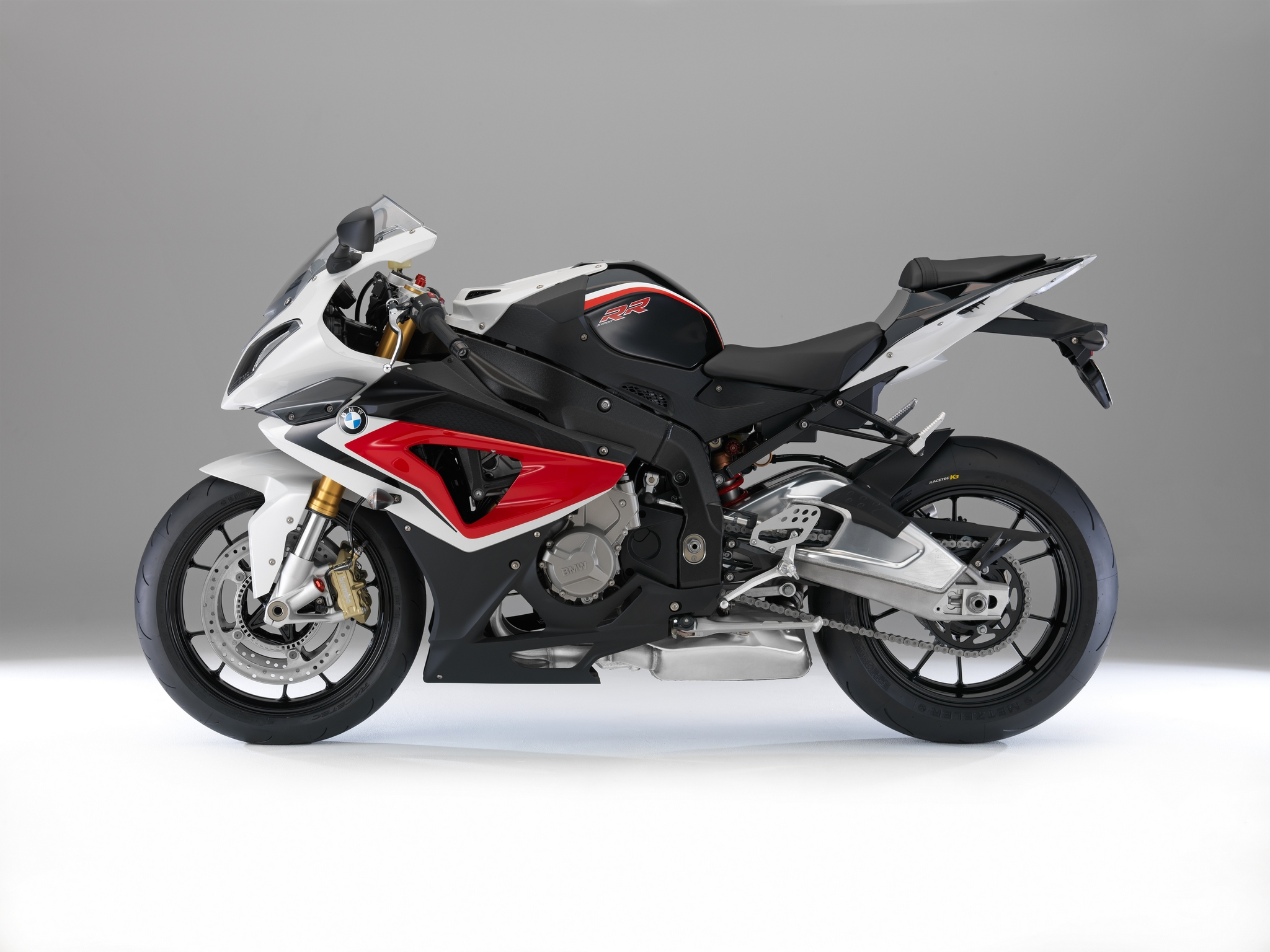 2014 bmw s1000rr changes colors autoevolution. Black Bedroom Furniture Sets. Home Design Ideas
