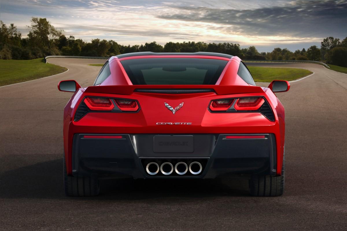 2014 chevrolet corvette c7 stingray debuts in detroit autoevolution. Black Bedroom Furniture Sets. Home Design Ideas