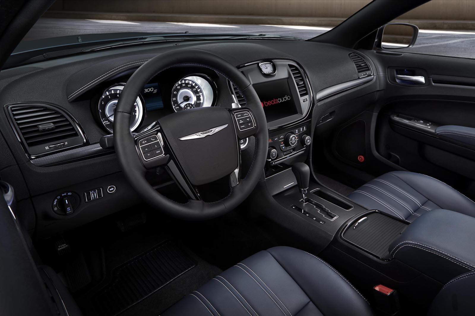 2014 chrysler 300s revealed with updated blacked out look new interior color autoevolution. Black Bedroom Furniture Sets. Home Design Ideas